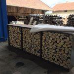 Sitzecke Cortenstahl mit Brennholzlager